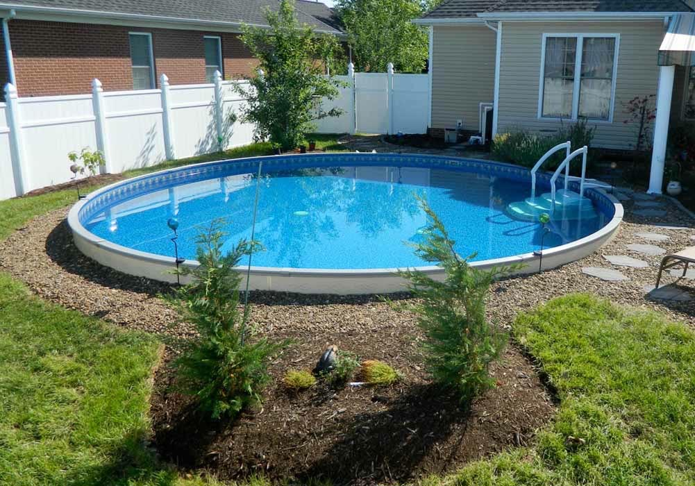 Ideas and benefits of a semi inground pool backyard for Inexpensive in ground pool ideas