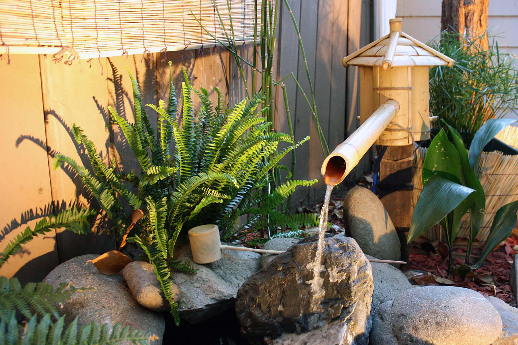 Diy bamboo water feature backyard design ideas for Japanese bamboo water feature