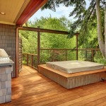 Hot Tub in Deck