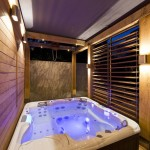 Indoor Outdoor Hot Tub