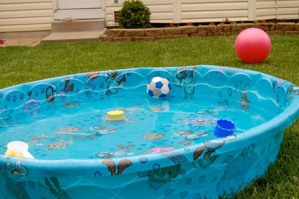 plastic pool for kids backyard design ideas