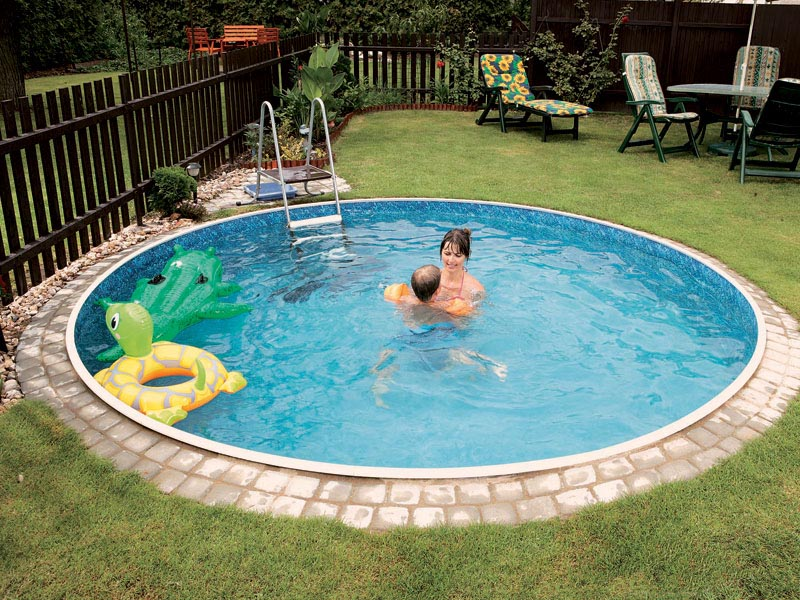 Small round inground pool backyard design ideas for In ground pool backyard ideas