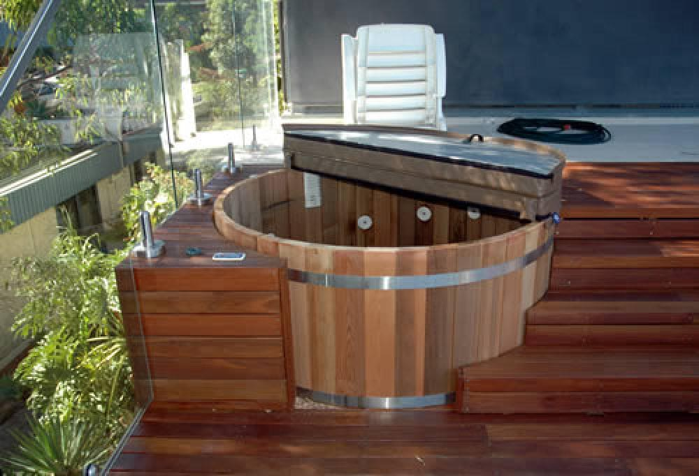 Sunken hot tub deck backyard design ideas for Spa deck design