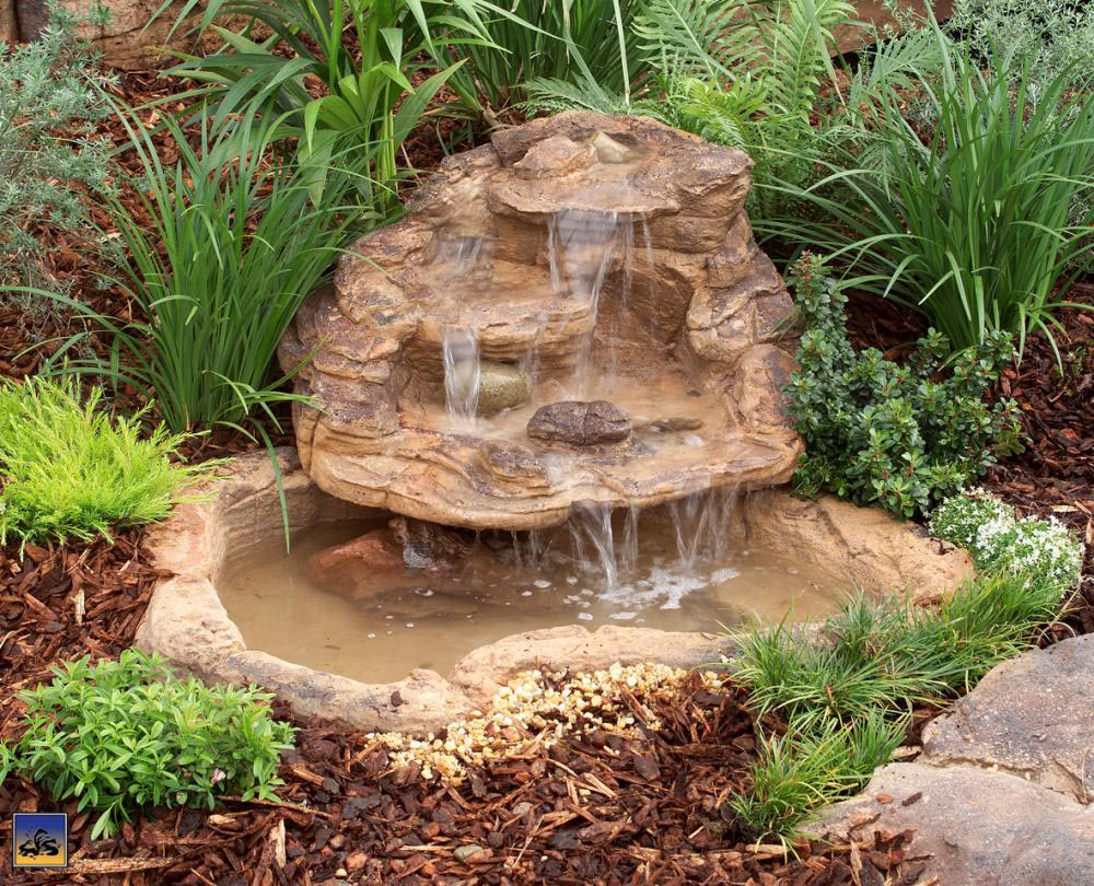 Fountain for small garden pond backyard design ideas for Outside pond ideas