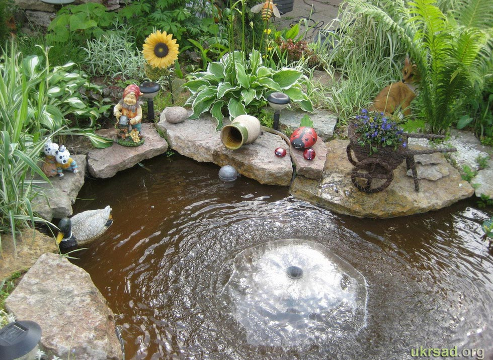 Outdoor fountains and ponds picture for Small garden pond with fountain