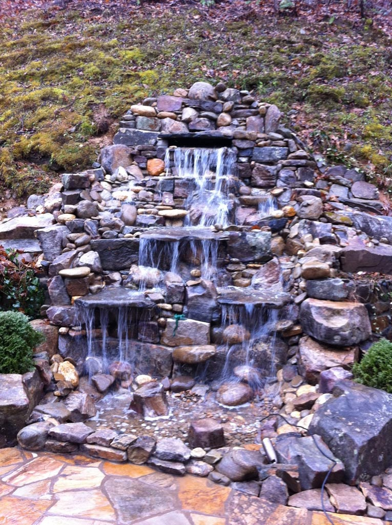 Garden pond fountain ideas backyard design ideas Pond with fountain