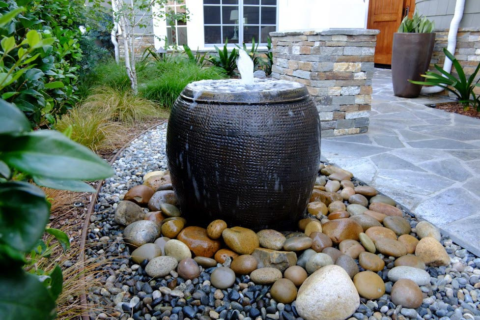 How to Landscape a Water Fountain