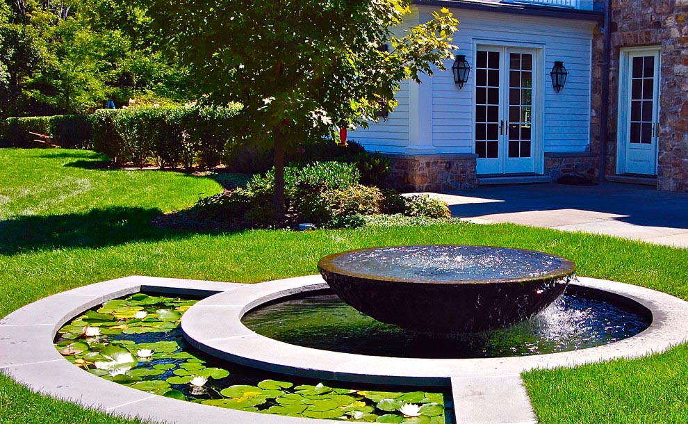 Landscape design water fountains backyard design ideas for Backyard water feature plans