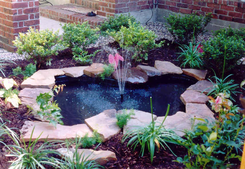 Landscape water fountains and ponds backyard design ideas for Backyard ponds and water features