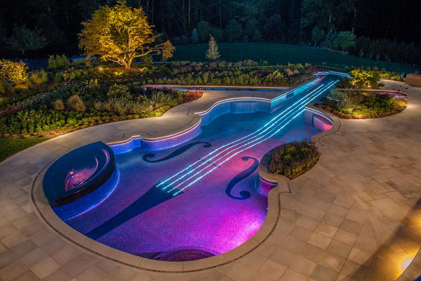 Luxury Outdoor Pool Design