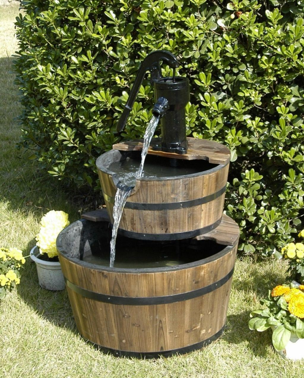 Small water fountain pump backyard design ideas for Backyard water fountain ideas