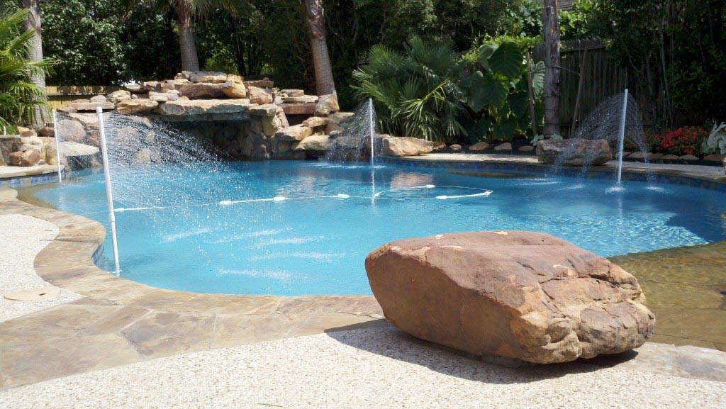 Swimming Pool Cooler Fountain | Backyard Design Ideas