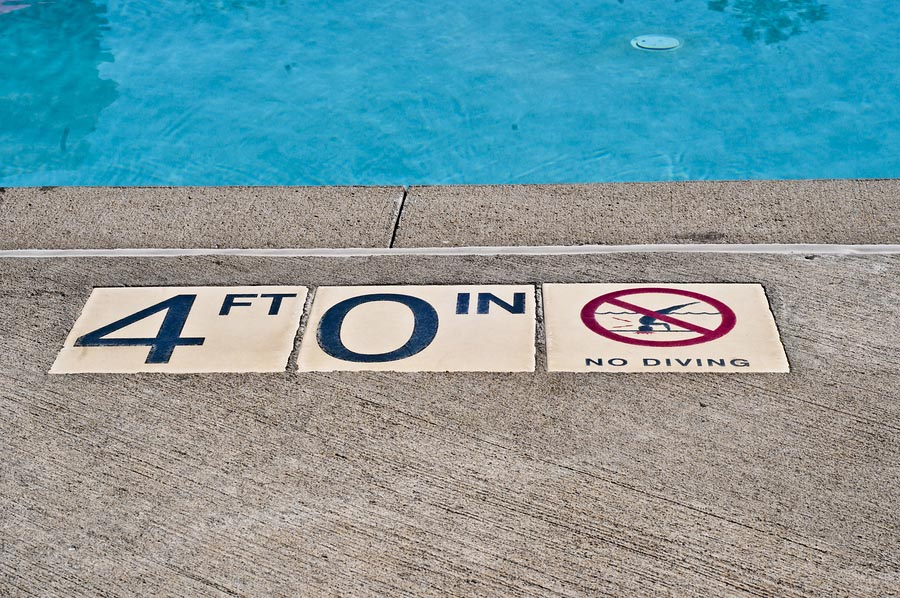Swimming Pool Depth Signs