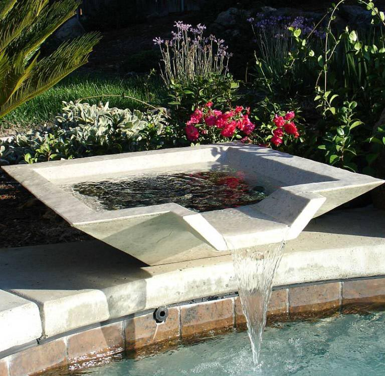 Water Fountain for Swimming Pool